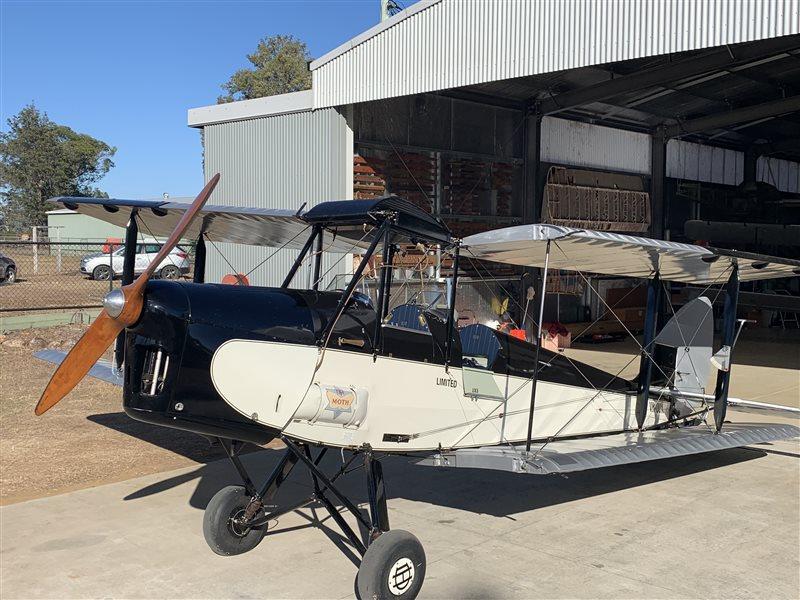 1942 De Havilland Moth Major DH60M111