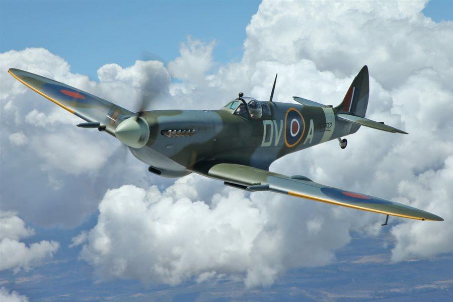 1945 Supermarine Spitfire Mk XVIe