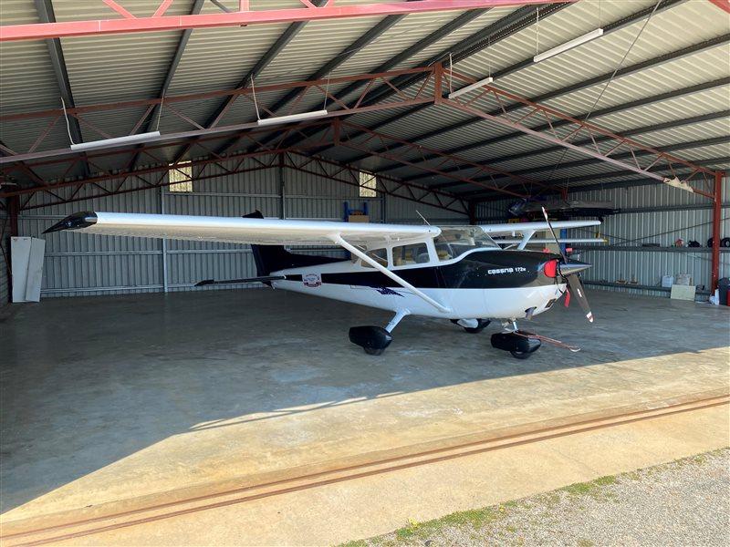 1974 Cessna 172 Skyhawk Aircraft