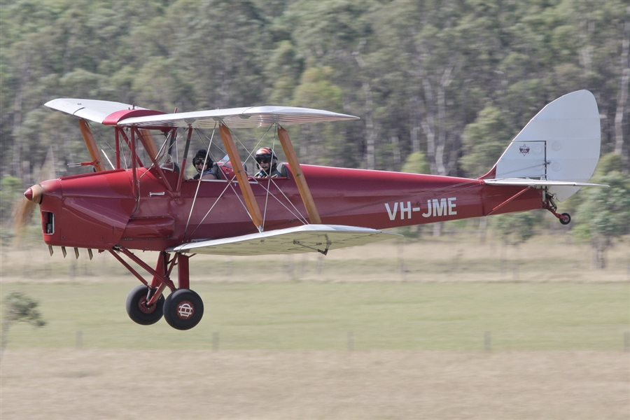1942 De Havilland Tiger Moth DH82