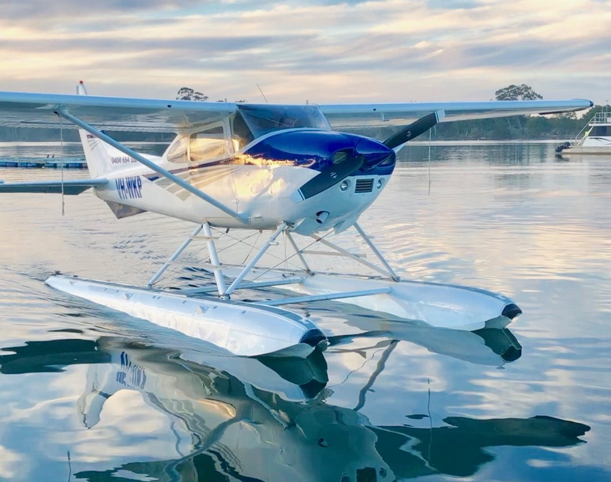 1976 Cessna 182 Business for Sale