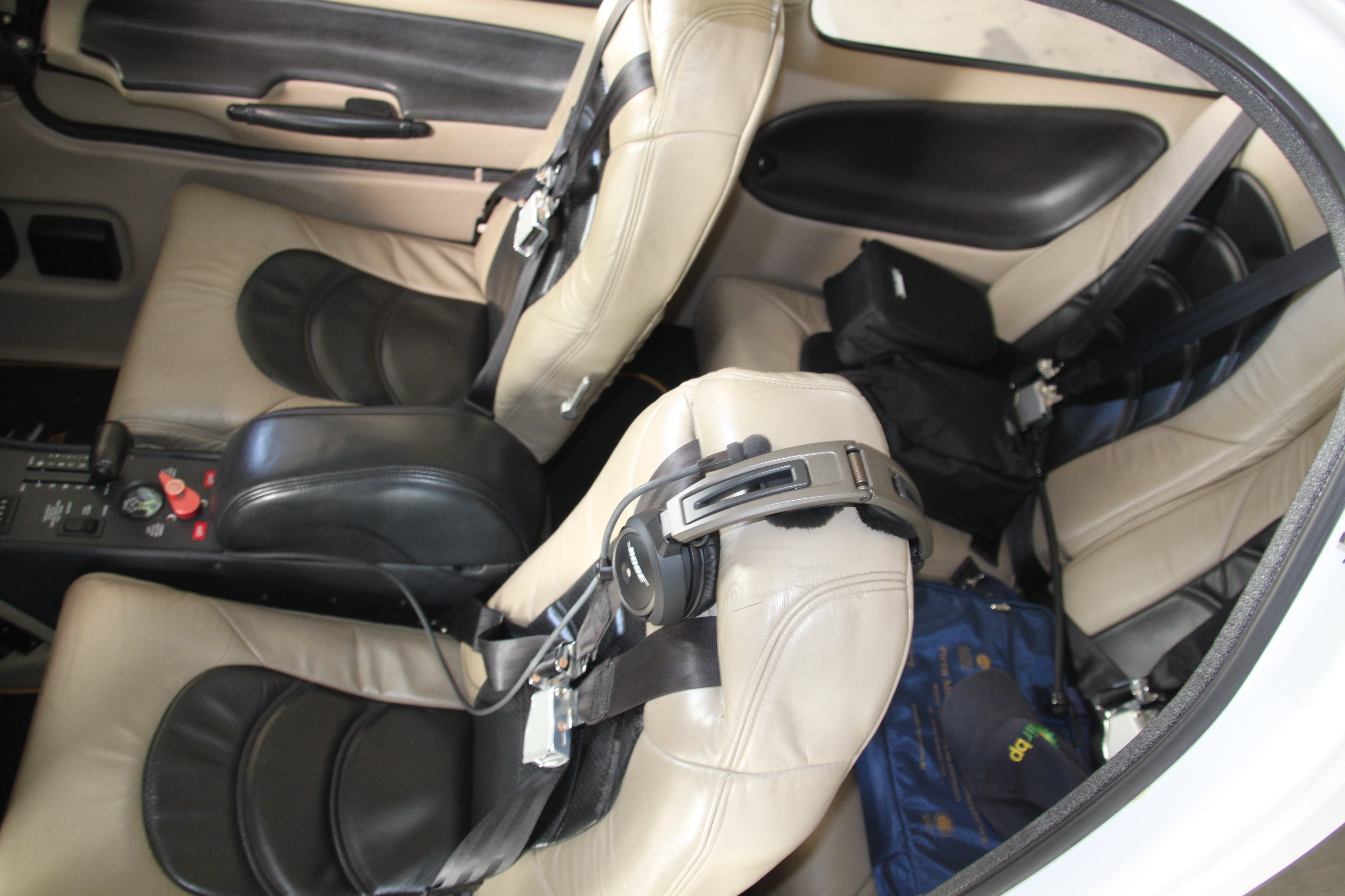 Aircraft Panels  Interior - Cirrus Leather seat covers - front and rear
