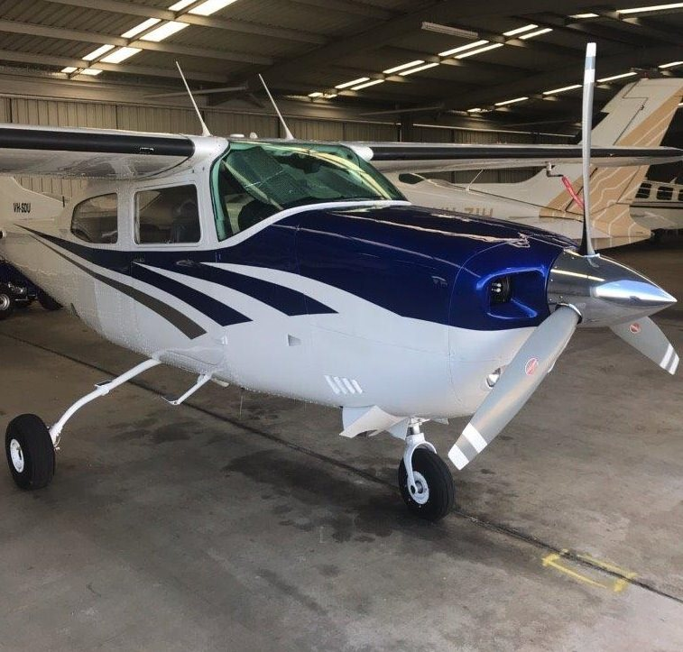 1977 Cessna 210 M with an Atlantic Aero OI-550