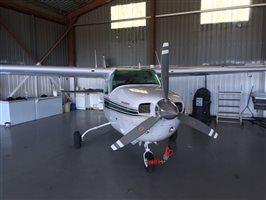 1975 Cessna 210 210L