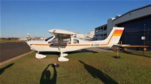 2004 Jabiru J400