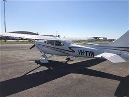 2001 Cessna 182 Aircraft