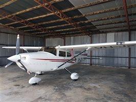2002 Cessna 182 T