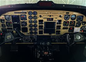 2002 Beechcraft King Air 200 Aircraft