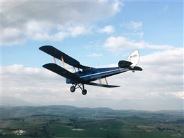 1943 De Havilland Tiger Moth Aircraft