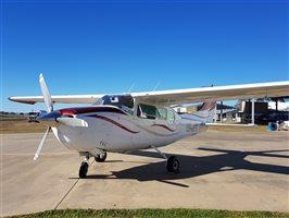 1968 Cessna 210 J Model (current image)