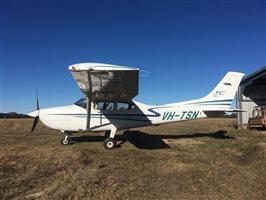 2001 Cessna 182 Skylane Aircraft