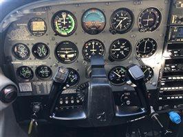 1999 Cessna 182 Aircraft